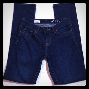 GAP 1969 REAL STRAIGHT JEANS 27L